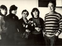 """S.A. (second from the right) with director A. Efros and actors of the Taganka Theater. The play """"The War is not a Woman's Face"""" - Photo from the archive S. Aleksievich"""