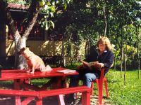В загородном доме под Минском -- Фото из архива С. Алексиевич